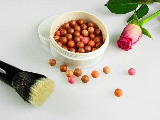 maquillaje bronceado en esferas